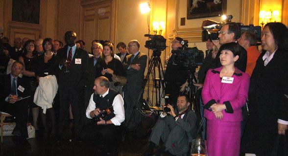 福島党首 米外交誌「世界の100人」受賞レセプションに出席